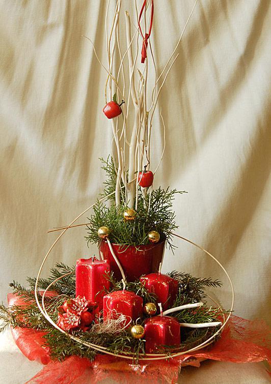 208c7b0eae Adventná dekorácia zo živého ihličia